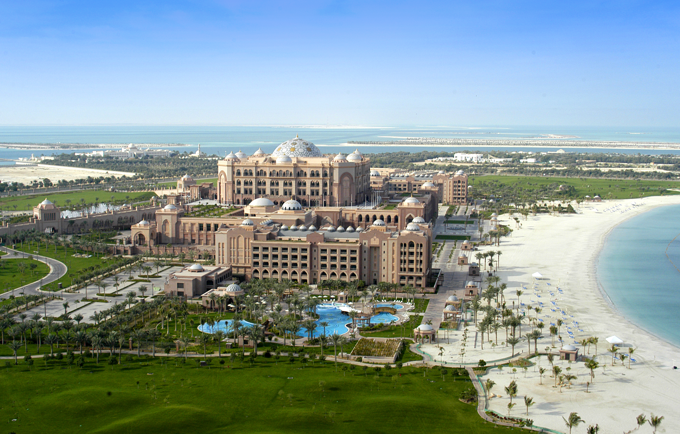 emirates-palace-day-view