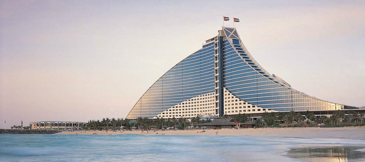 jumeirah-beach-hotel-beach-view-hero