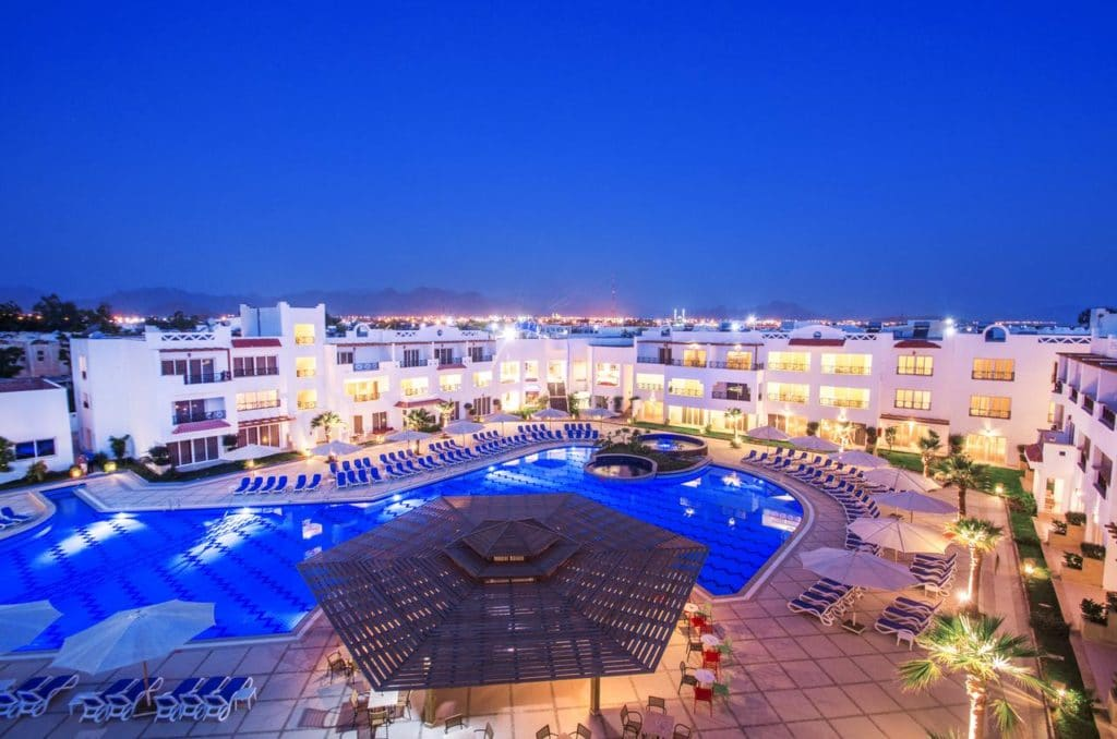 1-marta-egipet-s-vyletom-iz-minska-old-vic-sharm-resort-4-fon