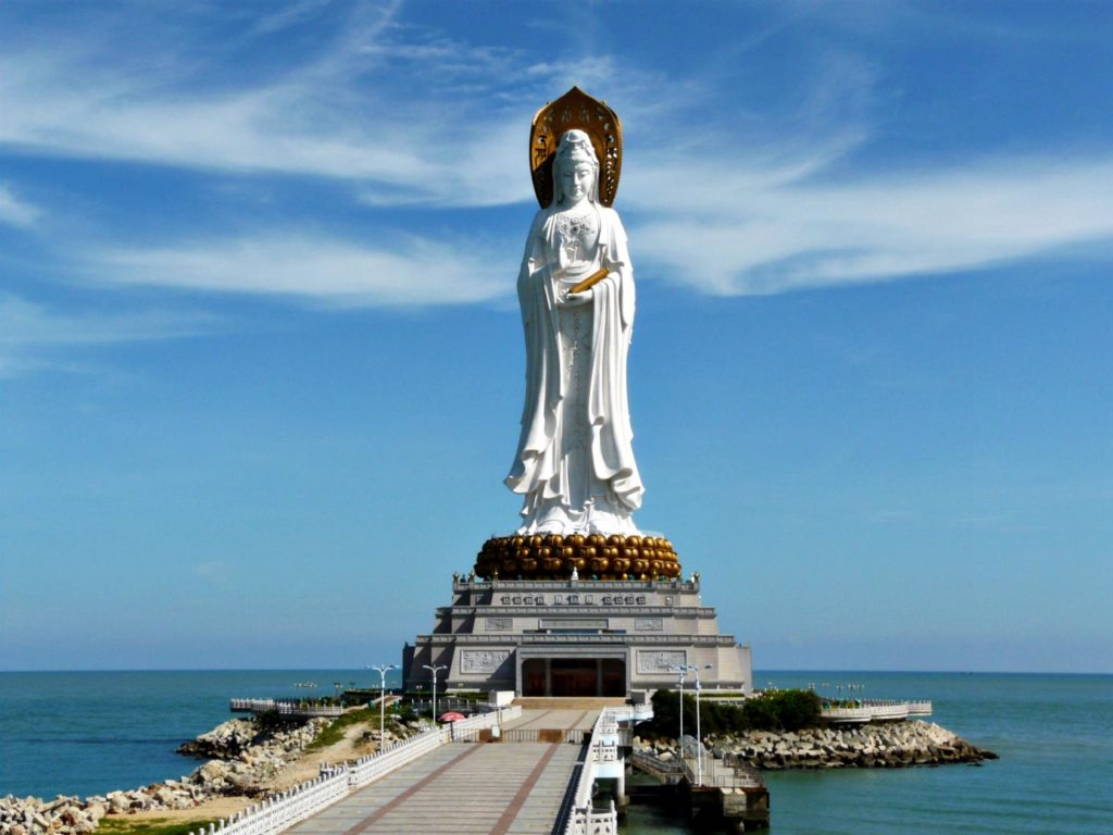 statue-of-goddess-guanyin_2
